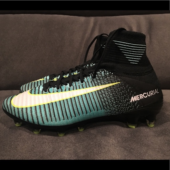 Nike Mercurial Vapor XI AG Pro Womens Soccer 8 new 572008f57c